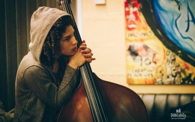 Sélène Saint-Aimé, ancienne élève IMEP Paris College of Music, joue avec Steve Coleman