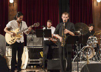 Ensemble MFQ. Remise des diplômes de la promotion 2012