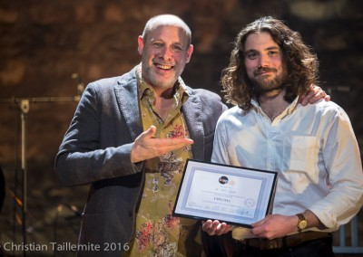 Pablo Lepetit avec Jeff Ballard, reçoit son diplôme de l'IMEP
